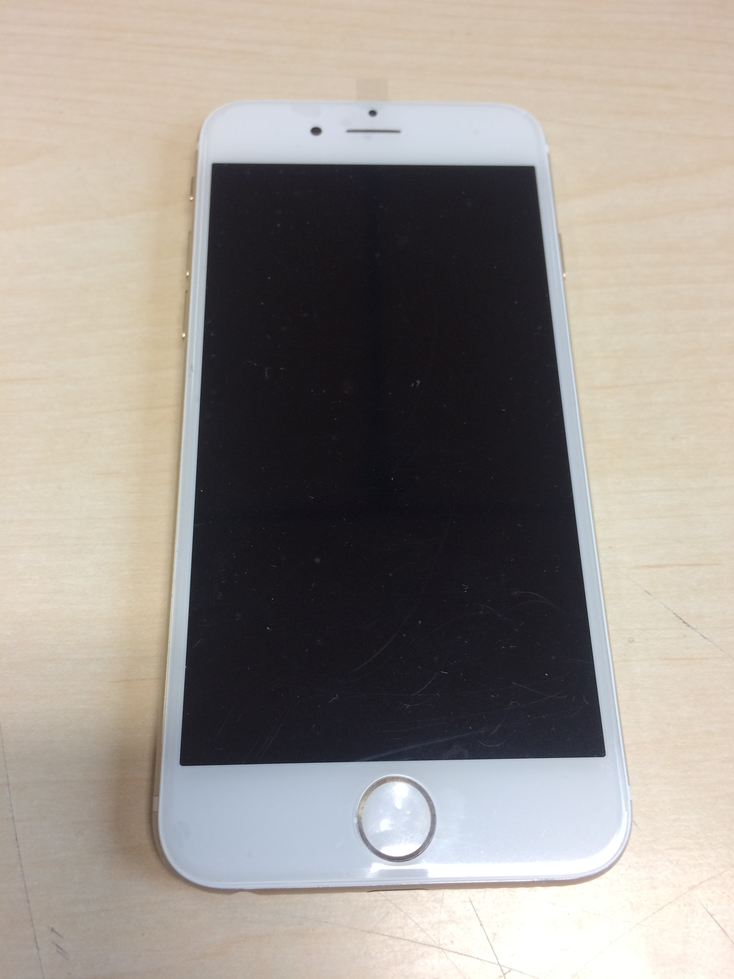 iPhone 6  - Blanc - UNLOCK/ DEVERROUILLÉ - 64 gb