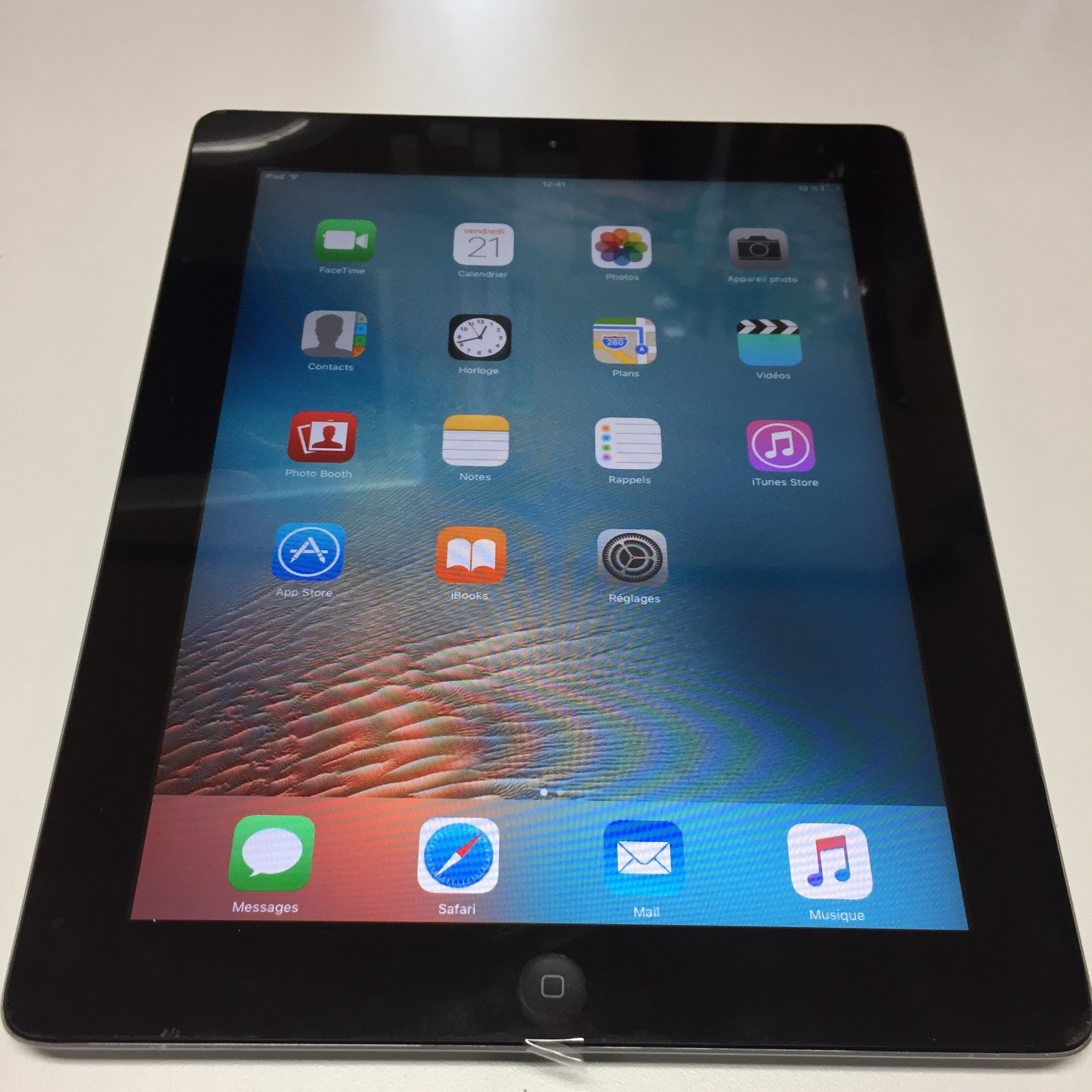 APPLE - iPad 2 -  64 gb