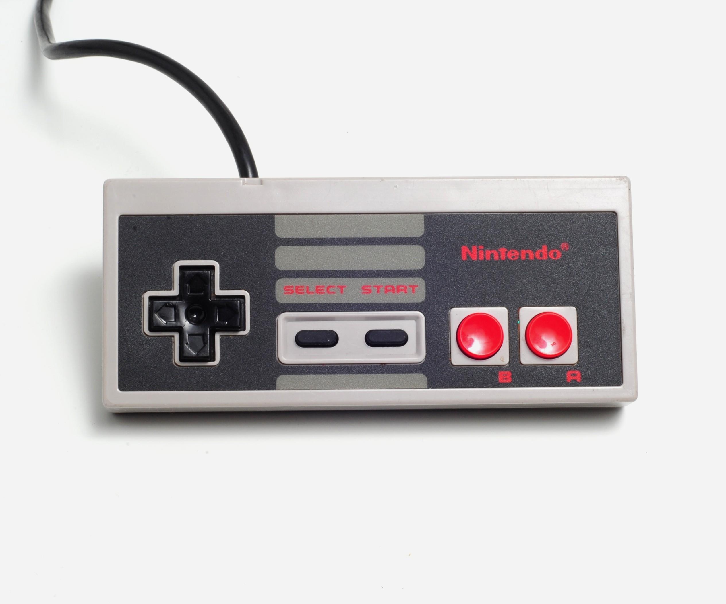 Manette contrôleur  Nintendo NES générique remise à neuf