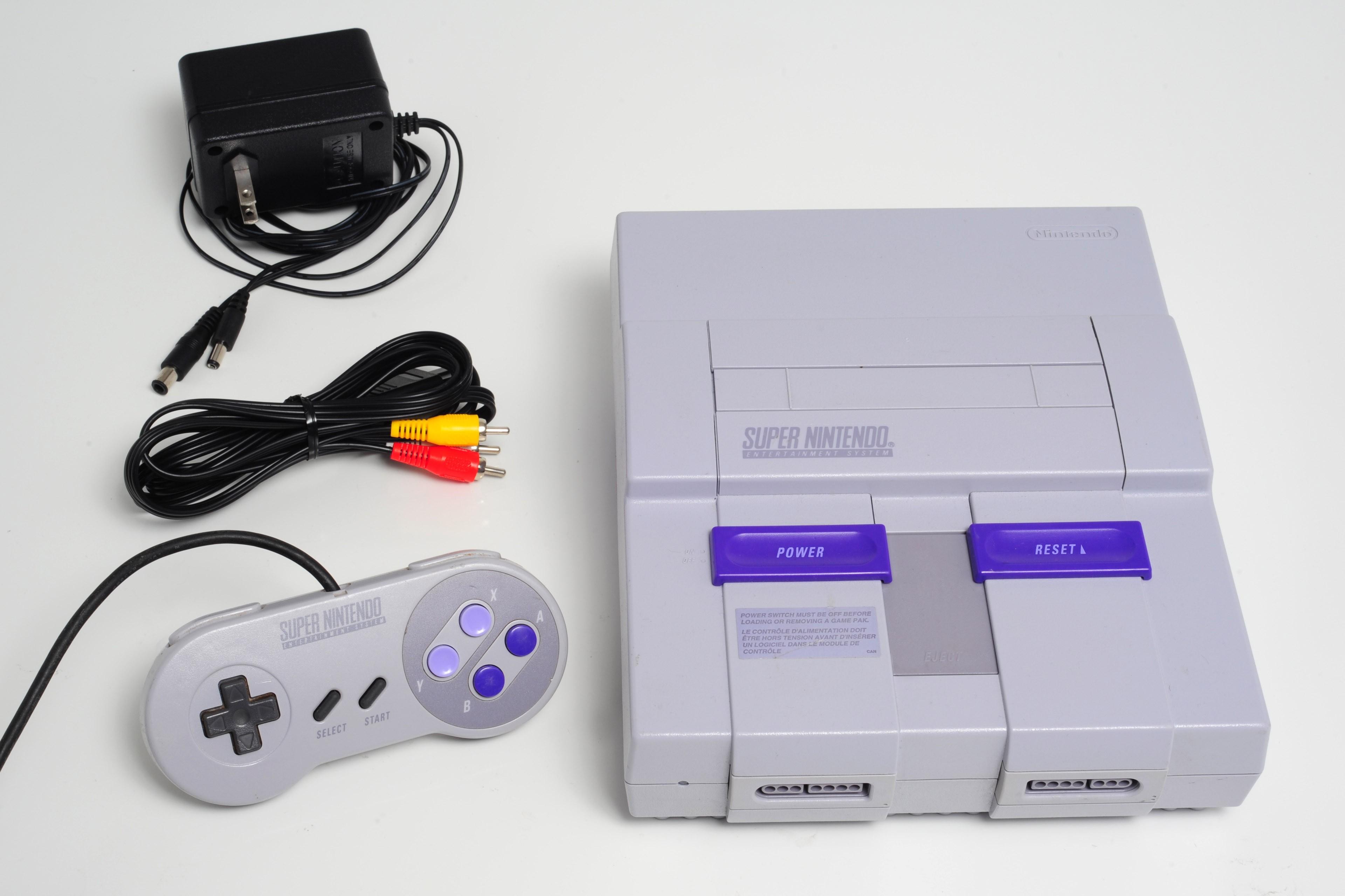 Console complète Nintendo SNES Super Nintendo avec manette et fils
